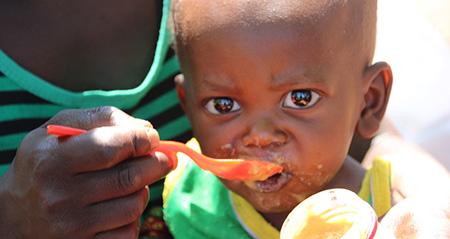 child-eating-450